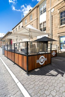 Alfresco Dining on Hobart's Waterfront
